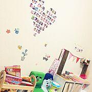 社宅/子供部屋/DIY/ままごとキッチン/牛乳パックの椅子/写真飾っている場所…などのインテリア実例