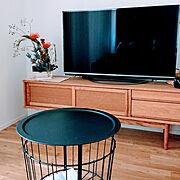 TVボード/陶器/IKEA/フラワーアレンジメント/momo natural/Lounge…などのインテリア実例