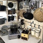 キッチン道具/オールドパイレックス/パーコレーター/いつもありがとー。/断捨離中(`・ω・´)…などのインテリア実例