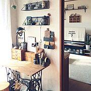 くらしのeショップ/ルーバーフェンス /IKEA照明/IKEA オットマン/木目調ホットカーペット…などに関連する他の写真