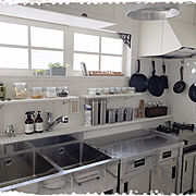 発泡スチロールのレンガ壁/窓枠 DIY/テレビ台リメイク/フックDIY/たなDIY…などに関連する他の写真