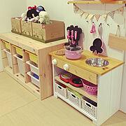 IKEA/IKEAの棚/IKEAおもちゃ箱/こどものいる暮らし/おままごとキッチン/シンプルな暮らし…などのインテリア実例