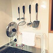 ダイソー/1R/一人暮らし/ワンルーム/キッチン収納/コンロ周り…などのインテリア実例