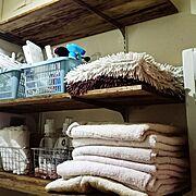 洗濯機上の棚/ごちゃごちゃ/棚もDIY/ワトコオイルダークウォルナット/DIY…などのインテリア実例