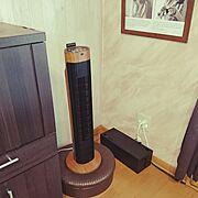 クッションスツール/アイリスオーヤマ 扇風機/タワー型扇風機/扇風機…などのインテリア実例