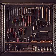ガレージ/工具/インダストリアル/壁面収納/有孔ボード/エキスパンドメタル…などのインテリア実例