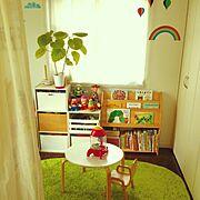 リビング続きのおもちゃ部屋/本棚/キッズスペース/トイストーリー/サリュ/モビール…などのインテリア実例