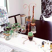 セリア/観葉植物/ニコガチャグリーン/niko and… /キッチンカウンター/ワイヤークラフト…などのインテリア実例