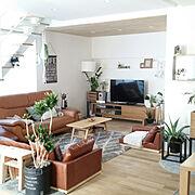 ニトリのミラー/ラグ/白と木とグリーン/無垢の床/コメント嬉しいです♪/ニトリ…などのインテリア実例