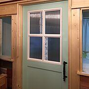 ドア/アイアンドアハンドル/アイアン取っ手/ペンキ塗り/SPF材/ドアハンドル…などのインテリア実例