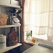リメイクカフェカーテン/DIY棚/窓枠DIY/rooku瓶/Keitanのコースター/Kitchen…などのインテリア実例