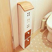 salut!/ドット柄/お家モチーフ/ナチュラル/トイレ収納/Bathroom…などのインテリア実例