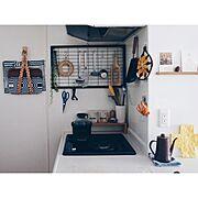 無印良品/磁器ベージュキッチンツールスタンド/ステンレスお玉/ステンレスターナー/壁につけられる家具…などのインテリア実例