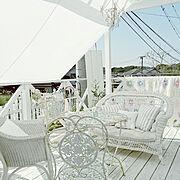 アイアンシェルフ/アンティークガーデンテーブル/おもてなし/バラ/花のある暮らし/アンティーク…などのインテリア実例