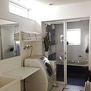 洗面台/洗面脱衣物干場/洗面スペース/洗面室/洗面鏡/洗面所…などのインテリア実例