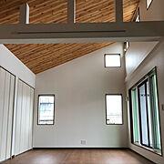 勾配天井のインテリア実例写真