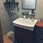 コンクリート風壁紙/セリア/洗面台リメイク/脱衣所/洗面所/洗面台…などのインテリア実例