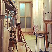 カーテン/椅子/シンプル/カフェ風/レトロ/アンティーク…などのインテリア実例