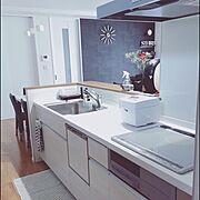 IKEA/ハンドメイド/モノトーン/リクシル/壁紙/お花のある暮らし…などのインテリア実例