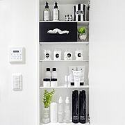 白黒 収納/白黒/モノトーン/mon・o・tone/Bathroom…などのインテリア実例