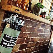 壁紙屋本舗/DIY/edenちゃん缶❤︎/お気に入り文房具/Lounge…などのインテリア実例