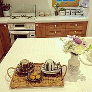 名古屋モザイクタイル/アンティークビン/ラタントレー/レトロ食器/Kitchen…などのインテリア実例