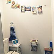 トイレ/トイレ周り/トイレットペーパーホルダー/トイレットペーパー収納/ポストカード…などのインテリア実例