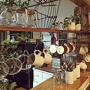 マグカップ/耐熱マグカップ/陶器マグカップ/セリア/アイアンバー/カフェ風…などのインテリア実例