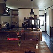 造作キッチン/アンティーク家具/足場板テーブル/トリップトラップ/IKEA/サンライズパイン…などのインテリア実例