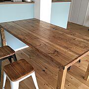 DIY/ブライワックス ジャコビアン/SPF材/メタルスツール/ブルーグレーの腰壁/My Desk…などのインテリア実例