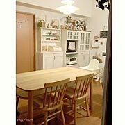 オープンシェルフ/お気に入りの食器/北欧柄の食器/小さな白い家/モザイクタイルのキッチンカウンター…などに関連する他の写真
