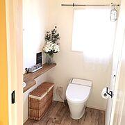 Bathroom/ビン/アルファベットオブジェ/リメイク/セリア/トイレ…などのインテリア実例