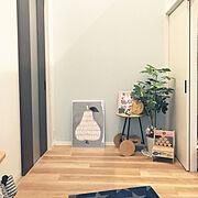 観葉植物/北欧が好き♡/玄関に絵を飾る/工作の宿題/Entrance…などのインテリア実例