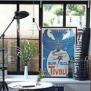 Lounge/インダストリアル/窓枠DIY/旅土産のポスター/お土産/アンティーク…などのインテリア実例