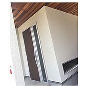 リクシルの玄関ドア/玄関ドア/リクシル/アヴァントス/外壁/吹き付け…などのインテリア実例