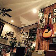 シーリングファン/ランタン/ギターのある部屋/ギターハンガー/DIY/電球…などのインテリア実例