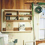 旦那手作り木工作品/窓枠/ナチュラルキッチン/フェイクグリーン/DIY/ダイソー…などのインテリア実例