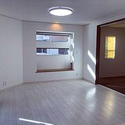 出窓/4人家族/二世帯住宅/LIXIL/窓/Lounge…などのインテリア実例