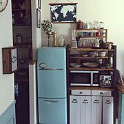 腰壁DIY/キッチン改造/食器棚DIY/外国のアパルトメント系/レトロ/海外ドラマみたいな部屋に住みたい…などのインテリア実例