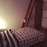ベッドカバー/モノトーン/白黒/シンプル/ニトリ/Bedroom…などのインテリア実例