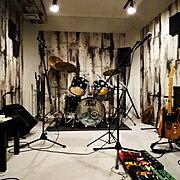 Overview/趣味の部屋/音楽のある生活/音楽部屋/バンド/ドラム…などのインテリア実例