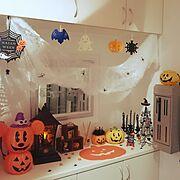 コストコのキャンドルライト/蜘蛛の巣/ハロウィン/雑貨/ハロウィンはじめました/セリア…などのインテリア実例