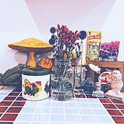 タイルテーブルのインテリア実例写真