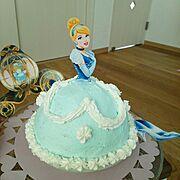 ディズニープリンセス/ディズニー/ケーキ/プリンセス/ハンドメイド/誕生日…などのインテリア実例