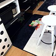 キッチンカウンター横のインテリア実例写真