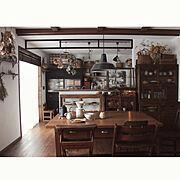 ドライフラワー/ガラスケース/ナチュラルインテリア/カフェ風インテリア/水屋箪笥…などのインテリア実例