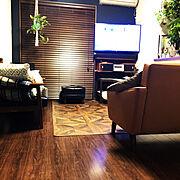 壁掛けテレビ/漆喰壁DIY/建売/カリモク60/ソファ/カリモク60ロビーチェアー…などのインテリア実例