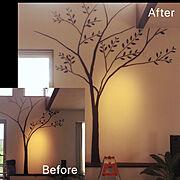 漆喰壁/カラーボード/DIY/ウォールステッカー/ダイソー/吹き抜けリビング…などのインテリア実例