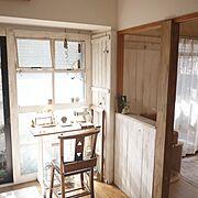 DIY窓枠/模様替えしました/DIY柱/なんちゃって柱/Overview…などのインテリア実例