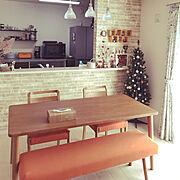 My Desk/オレンジ/ブレッドケース/クリスマスツリー/アクセントクロス/オレンジインテリア…などのインテリア実例